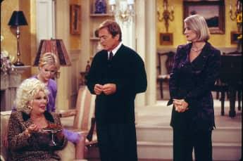 "Renee Taylor (""Sylvia Fine""), Nicholle Tom (""Maggie""), Daniel Davis (""Niles"") und Lauren Lane (""C.C. Babcock)"