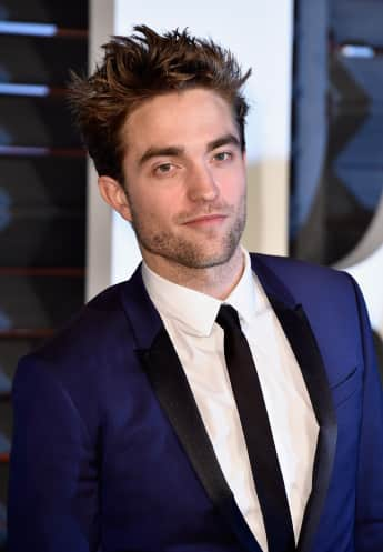 """Twilight""-Star Robert Pattinson feierte auf der Vanity Fair Oscar Party mit Sienna Miller und Tom Sturridge"