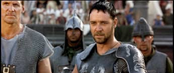 """Russell Crowe im Film """"Gladiator"""" aus dem Jahr 2000"""