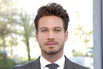 """""""Der Bachelor"""" 2017 Sebastian Pannek bein einem Fotoshooting in Hamburg, RTL"""