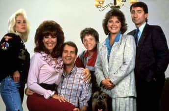 """""""Eine schrecklich nette Familie""""-Cast"""