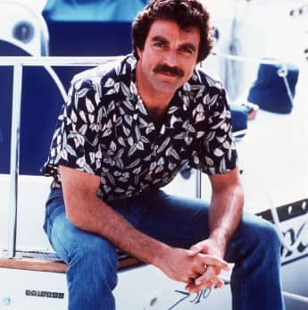 "Tom Selleck alias ""Thomas Magnum"""