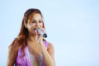 Andrea Berg war bei ihrem Konzert in Berlin zu Tränen gerührt