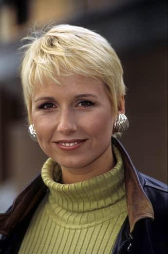 Moderatorin Andrea Kiewel circa 1994, ZDF, Fernsehgarten