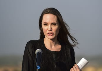 Hinter Angelina Jolies perfekter Fassade stecken einige düstere Geheimnisse