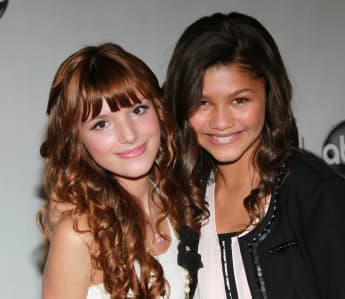 Bella Thorne und Zendaya im Jahr 2010