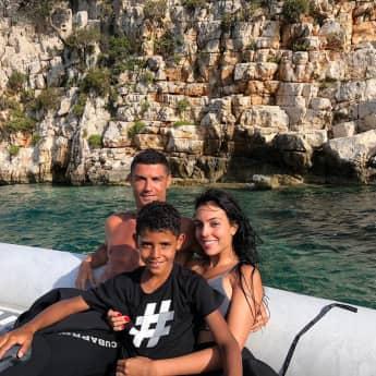 Cristiano Ronaldo gibt Mega-Summe Trinkgeld