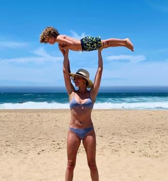 """""""NCIS: LA""""-Star Daniela Ruah zeigt ihren Bikini-Body"""