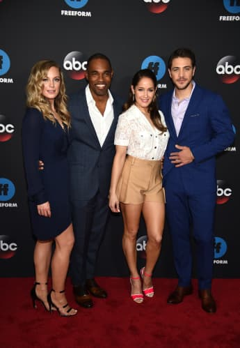 "Die ""Seattle Firefighters""-Darsteller Danielle Savre, Jason George, Jaina Lee Ortiz und Alberto Frezza"