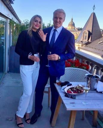 Emma Krokdal und Dolph Lundgren verlobt Verlobung