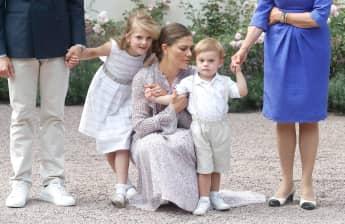 Prinzessin Estelle und Prinz Oscar entzücken am Geburtstag ihrer Mutter Victoria