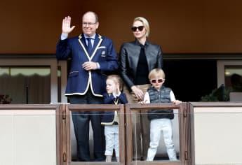 Prinzessin Gabriella klaut den Look von Papa Albert, während Prinz Jacques sich stylt wie Mama Charlene