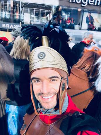 Florian Silbereisen feiert in Köln Karneval