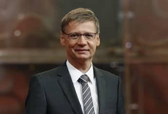 """Der erfolgreiche TV-Moderator Günther Jauch bei der Quizshow """"Wer wird Millionär"""""""