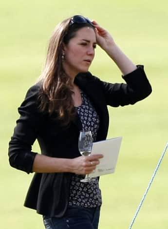 Herzogin Kate bei einem Polo-Spiel von Prinz William 2010