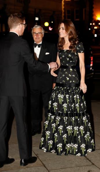 Herzogin Kate Portrait Gala Alexander McQueen