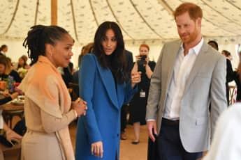 Meghans Mutter Doria Ragland, Herzogin Meghan und Prinz Harry beim Kochabend der Grenfell Tower Frauen
