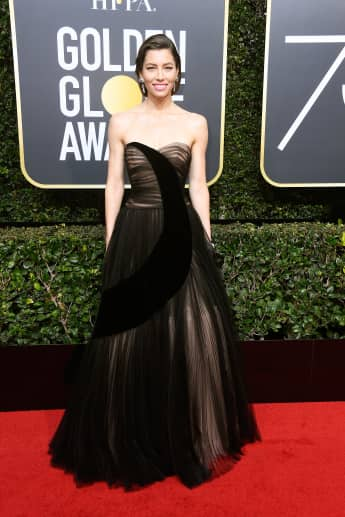 Jessica Biel bei den Golden Globes 2018 Look Red Carpet Kleid