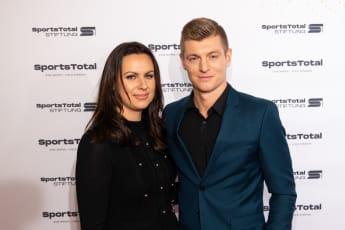 Das ist Toni Kroos Ehefrau Jessica