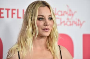 "Kaley Cuoco 2018 bei der ""6th Annual Hilarity For Charity"""