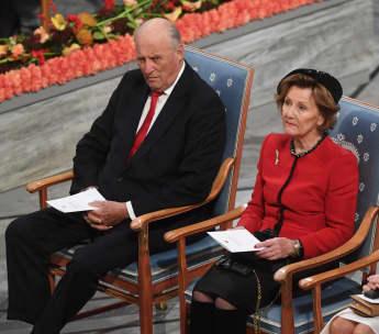 König Harald und Königin Sonja bei der Nobelpreisverleihung in Oslo 2019