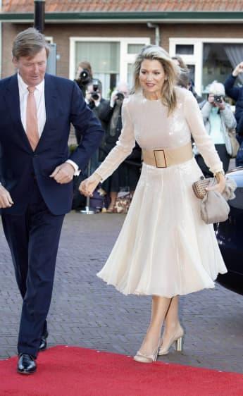 König Willem-Alexander Königin Maxima Königstag-Konzert Kleid