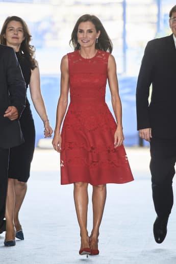 Königin Letizia CEMAS 2019 rotes Kleid Carolina Herrera