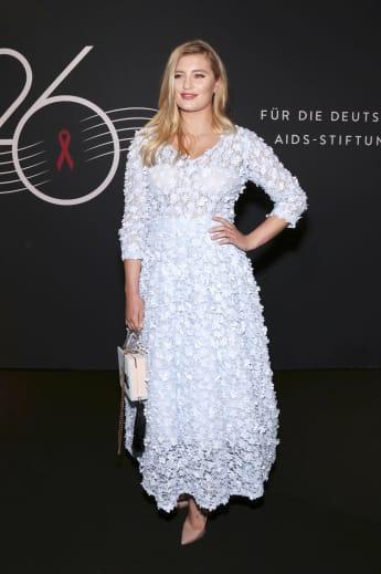 Luna Schweiger bei der Operngala 2019 in Berlin