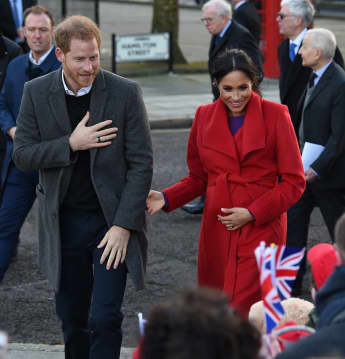 Meghan and Harry greet wellwishers in Birkenhead