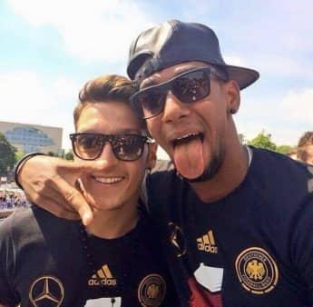 Mesut Özil und Jérôme Boateng