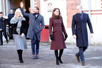 Mette Marit Prinz Haakon Prinz William Herzogin Kate in Norwegen in der Hartvig Nissen School