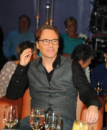 """Michael Bully Herbig bei einer Aufzeichnung der TV-Sendung """"NDR Talk Show"""" am 21. August 2018"""