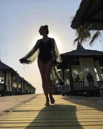 Nazan Eckes zeigt ihre tolle Figur im Badeanzug