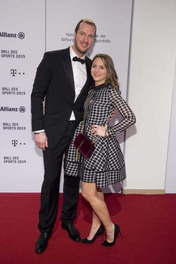 Pascal Hens und Frau Angela
