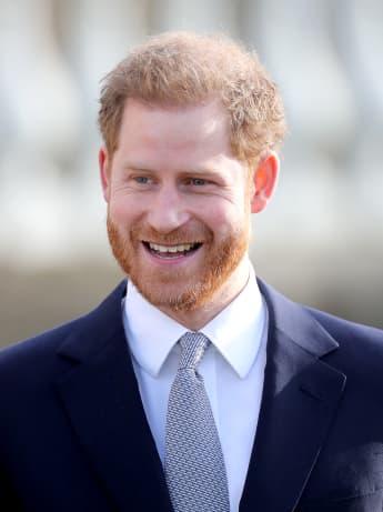"""Prinz Harry teilt Video von Los Angeles Home mit der Botschaft """"Resilienz"""" für wohltätige Zwecke"""