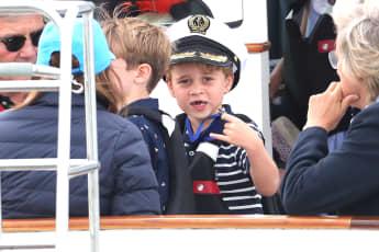 Prinz George zeigt uns seine Zahnlücke
