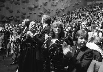 Romy Schneider mit ihrem Sohn David am 31. Januar 1981