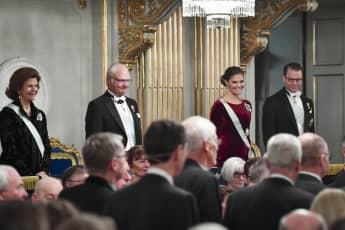 Königin Silvia, König Carl Gustaf, Prinzessin Victoria and Prinz Daniel bei der Versammlung der Schwedischen Akademie