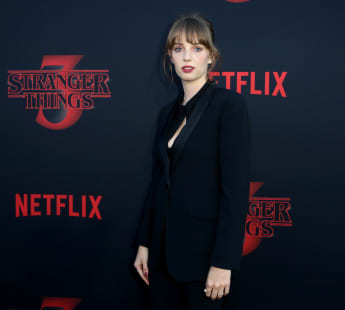 "maya hawke ""Stranger Things"""