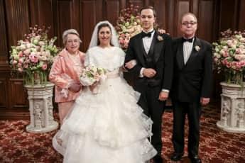 Big Bang Theory Amy Brautkleid