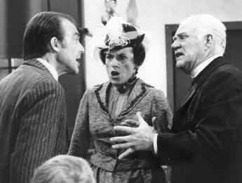"""Richard Bull, Katherine MacGregor und Dabbs Greer am Set von """"Unsere kleine Farm"""""""
