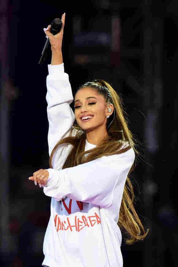 Ariana Grande beim Benefizkonzert in Manchester