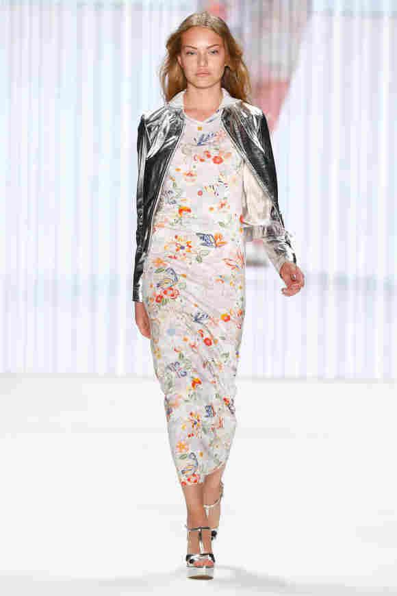 Cheyenne Ochsenknecht bei der Riani Fashion Show