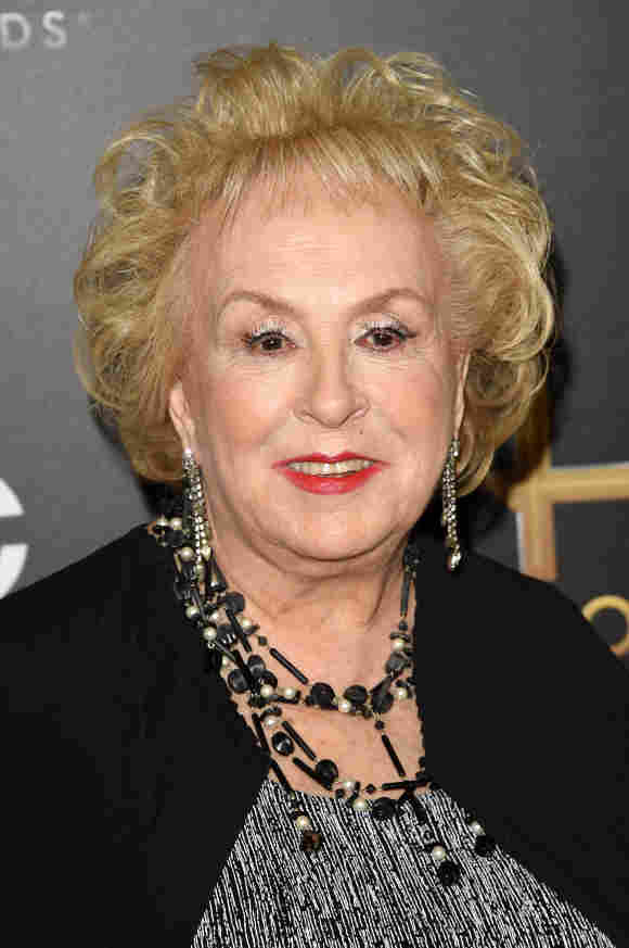 """Doris Roberts spielte in der Serie """"Alle lieben Raymond"""""""