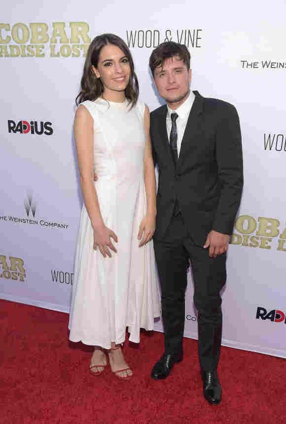 """Josh Hutcherson zeigt seine Freundin Claudia Traisac auf der Premiere zu """"Escobar"""""""