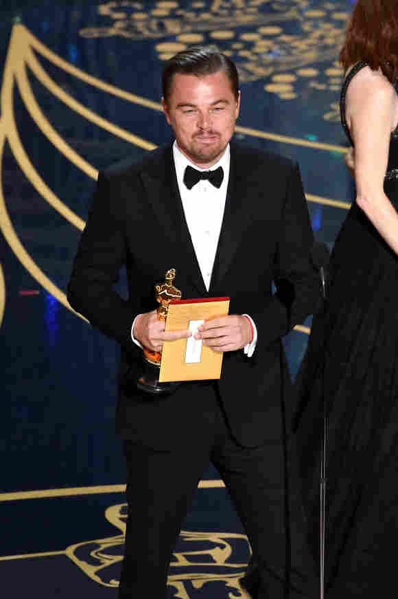 Leonardo Dicaprio zeigte bei den Oscars den Stinkefinger