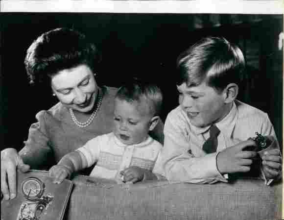 Königin Elisabeth II., Prinz Edward und Prinz Andrew.