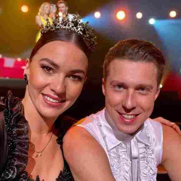 """Renata und Valentin Lusin gewinnen die """"Let's Dance""""-Profi-Challenge 2021"""