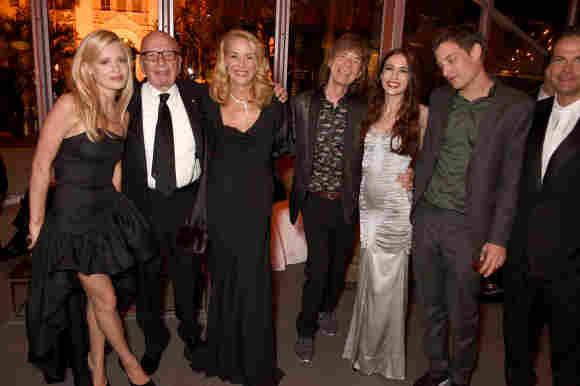 Georgia May Jagger, Rupert Murdoch, Jerry Hall, Mick Jagger,  Elizabeth Jagger und James Jagger