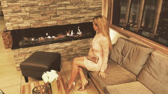 Angelina Heger zeigt sich wieder Blond
